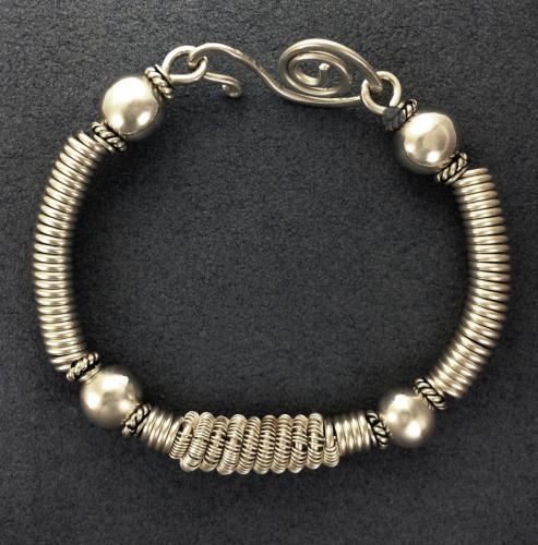 3 Coil SS Bracelet (large view)