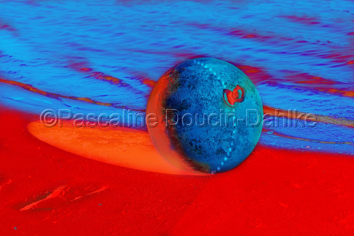 A buoy on the lake banks that looks like Mother Earth in Lake Casitas near Ojai, CA (large view)