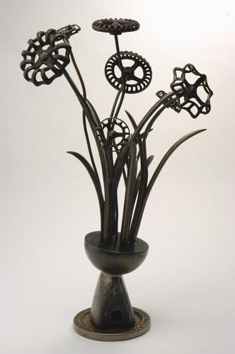 Large Spigot Floral