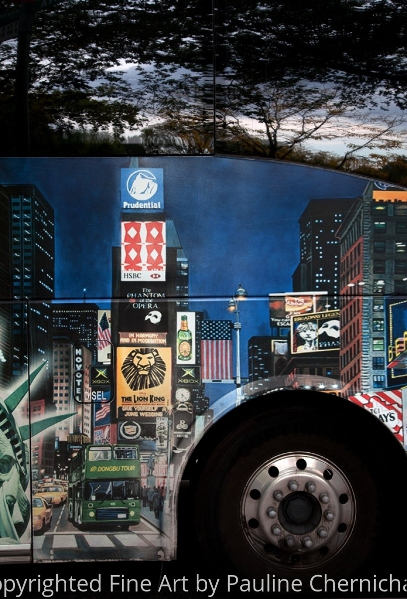City Bus with New York City painted on it. (large view)