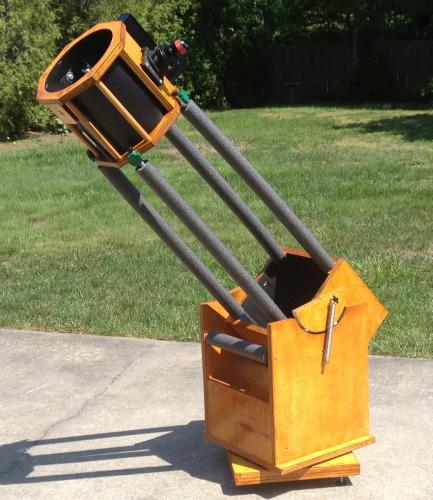 """RandiScope"" MessiNator 8 Portable Truss-Dobsonian Telescope."