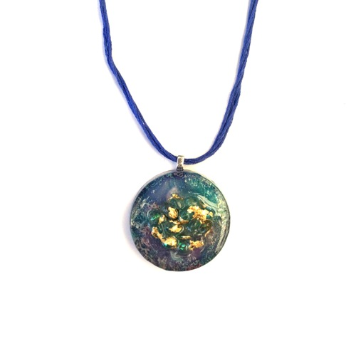 # 4 Resin Art Pendant