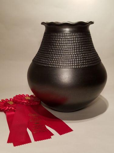 Corrugated Pot