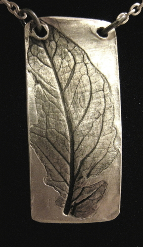 Tomato leaf pendant