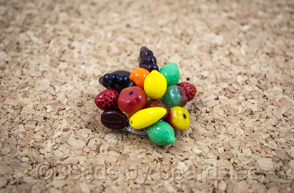 Fruit Brooch (large view)