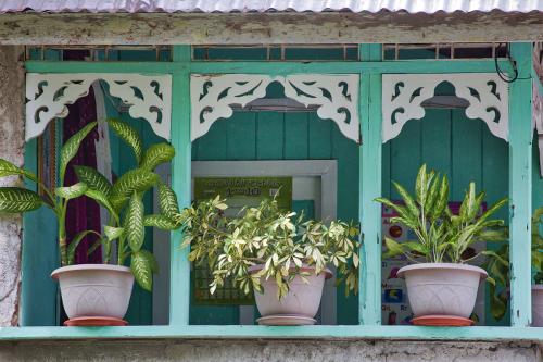 Tobago Porch
