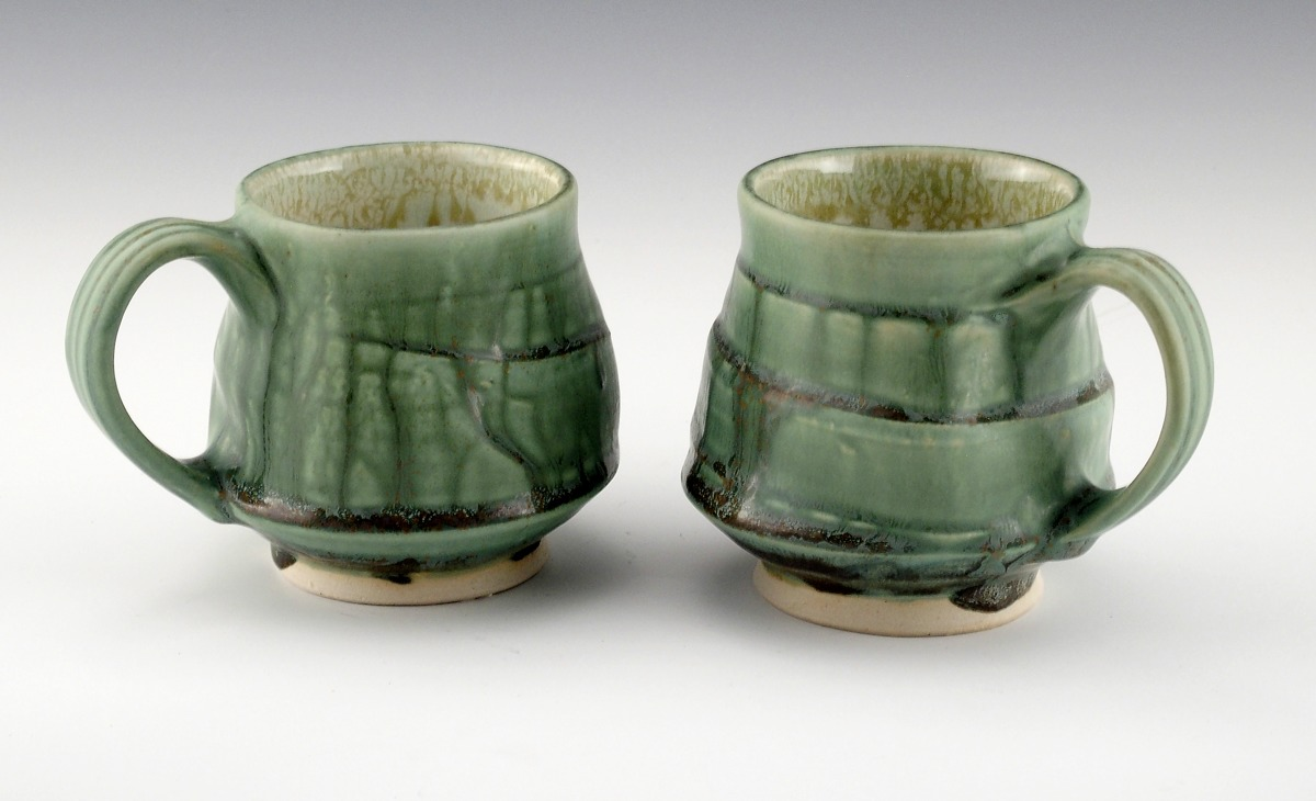 Footed cups (large view)