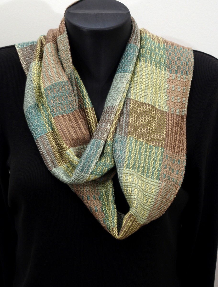 Handwoven Scarf 9 (large view)