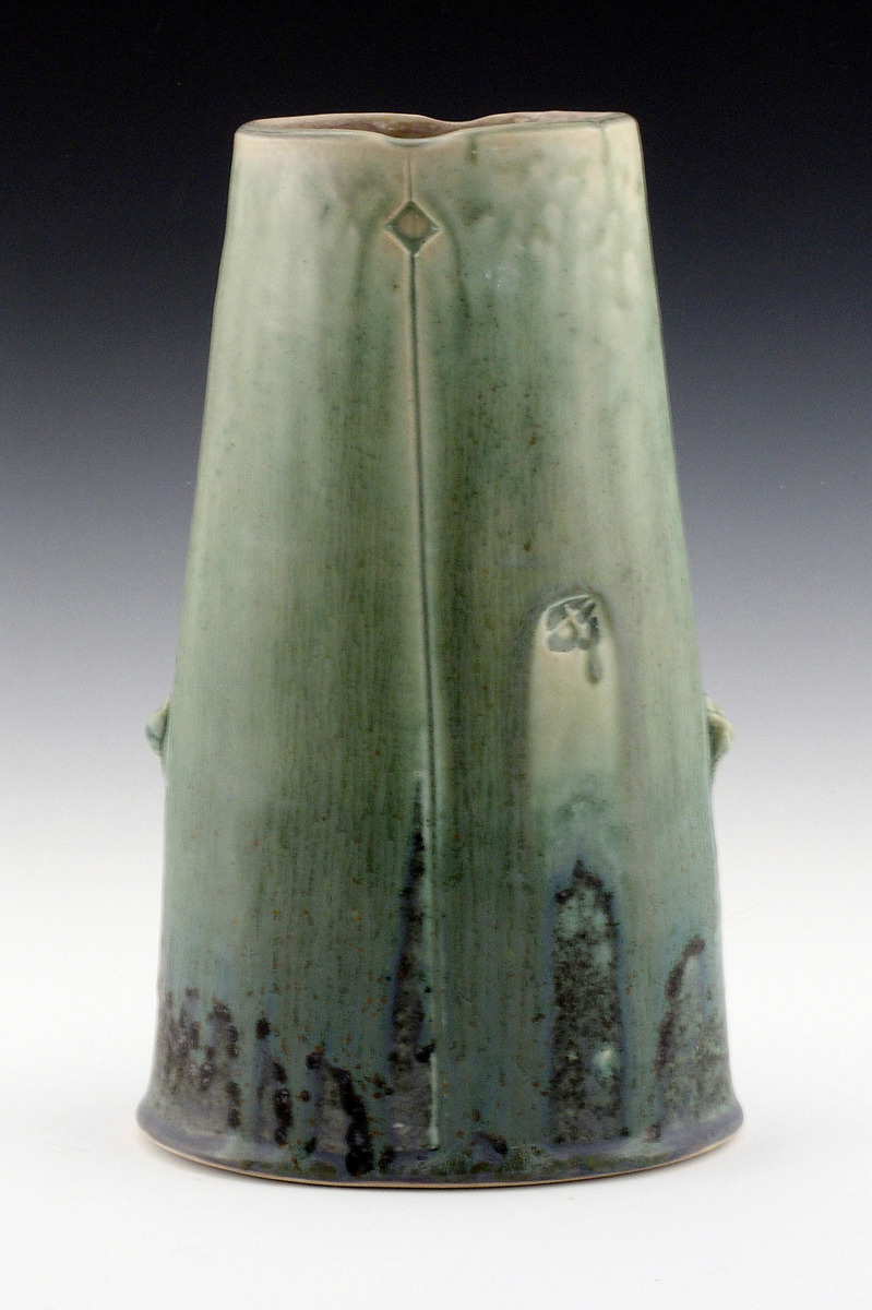 Oval Vase 2 (large view)