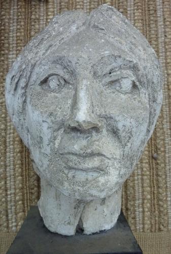 Sculpture Female bust 1