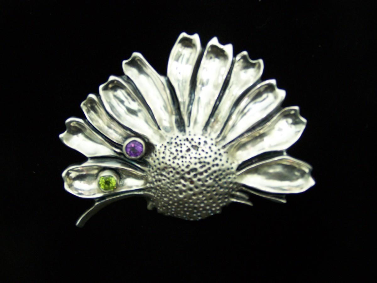Jewelry daisy flower brooch 2stone original art by smh jewelry daisy flower brooch 2stone izmirmasajfo