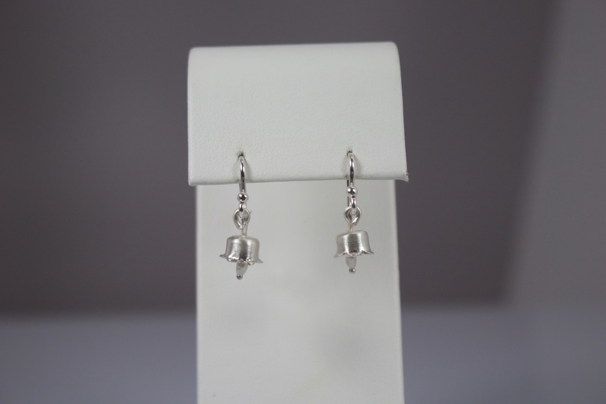Lily of the Valley Earrings (large view)