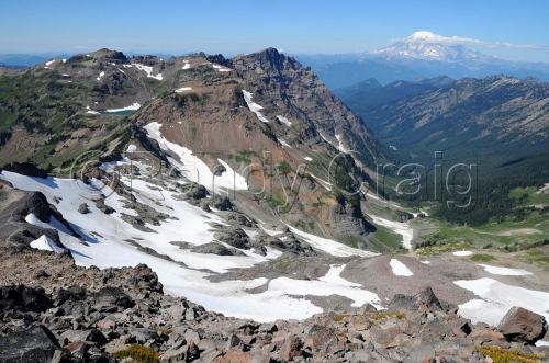 Goat Lake & Mt Rainier from Old Snowy_6985_090113