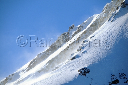 Upper_Slopes_on_Mt_Hood_7874_011313