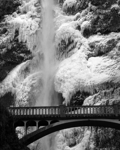 Multnomah Falls 7135_022006
