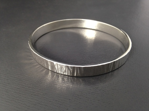 """Wide Texture"" oval bangle"