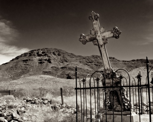 Ghost Town Cemetery, Shafter, 2010 by Rod Carver Photography