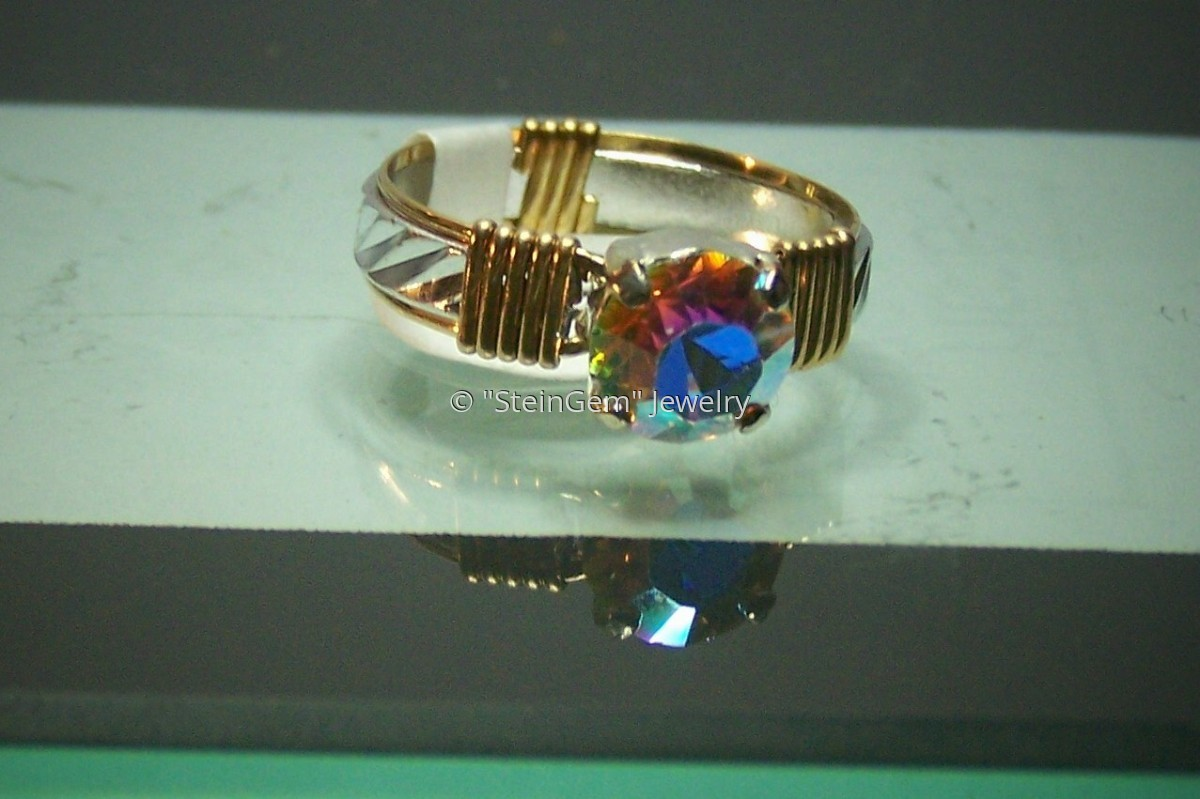 Gold Filled with Aluminum Pattern Wire - Round Swarovski Crystal Ring (large view)