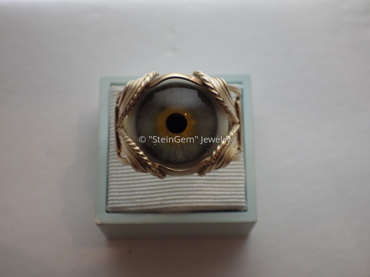 Eye Ring (large view)