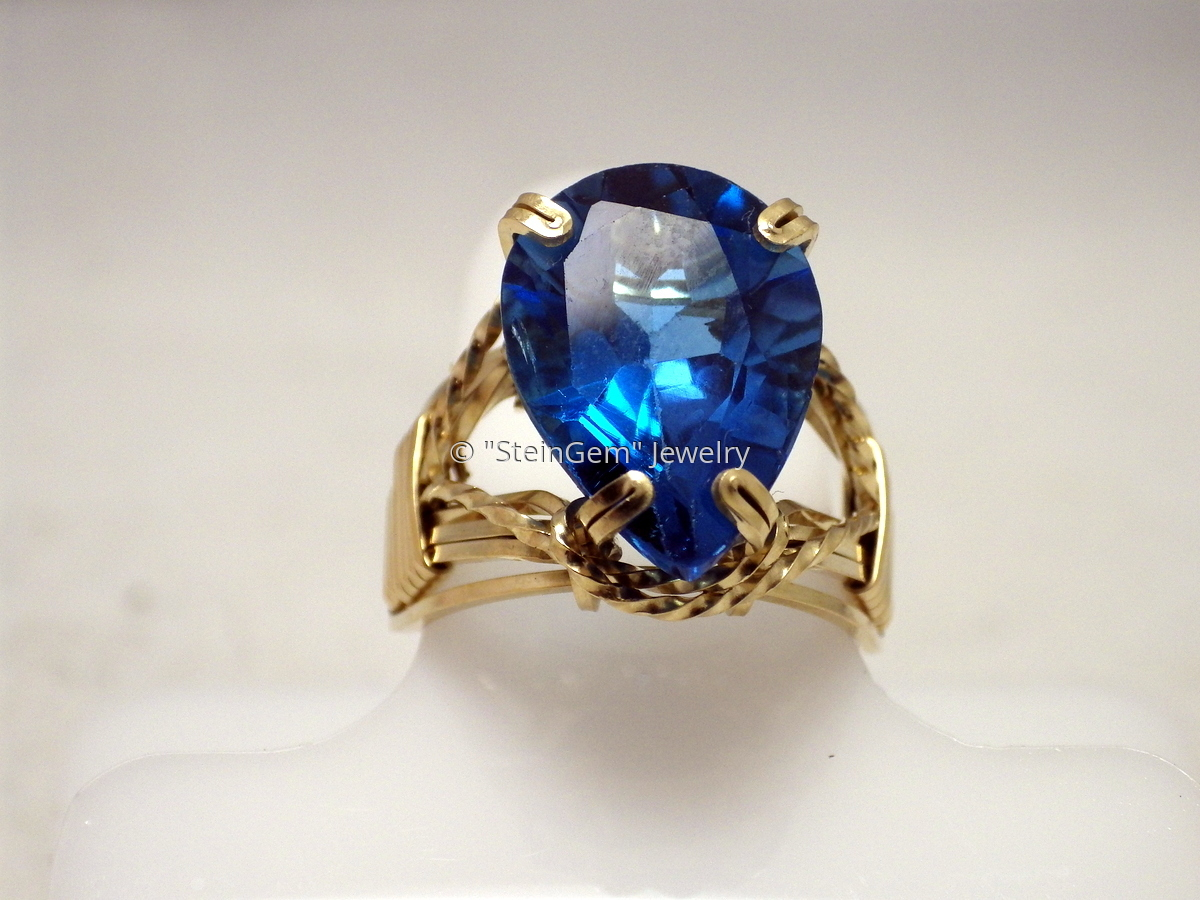 Blue Topaz Prong Ring (large view)