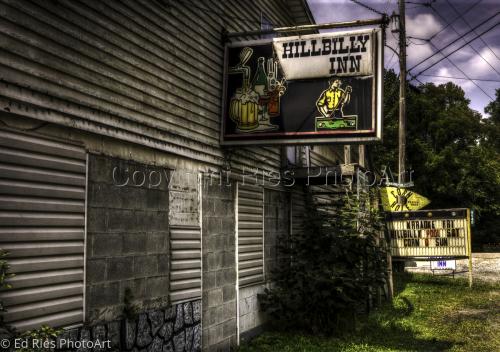 Hillbilly Inn