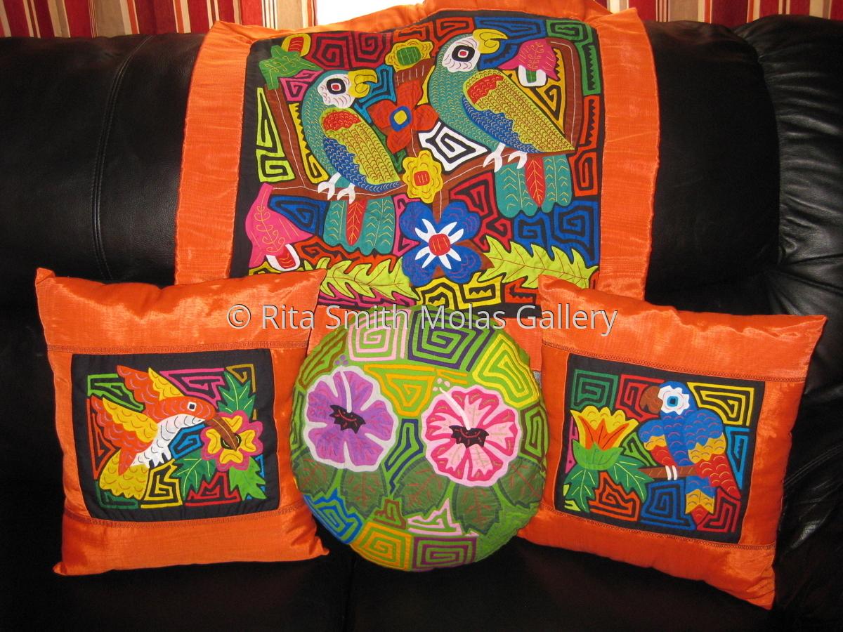 Mola Pillows and Mola Pillow Covers Kuna Fabric San Blas Panama (large view)