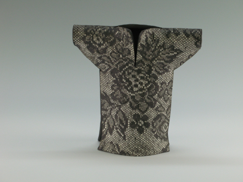 Kimono: Rose Lace