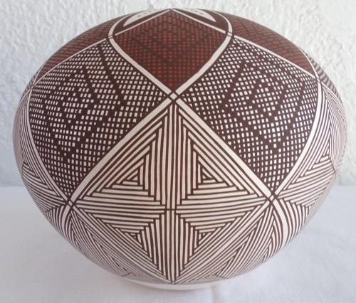6 Petal Seed Jar by Robert Patricio