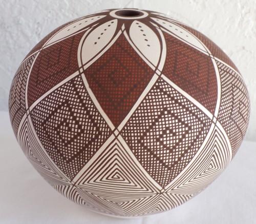 8 Petal Seed Jar by Robert Patricio
