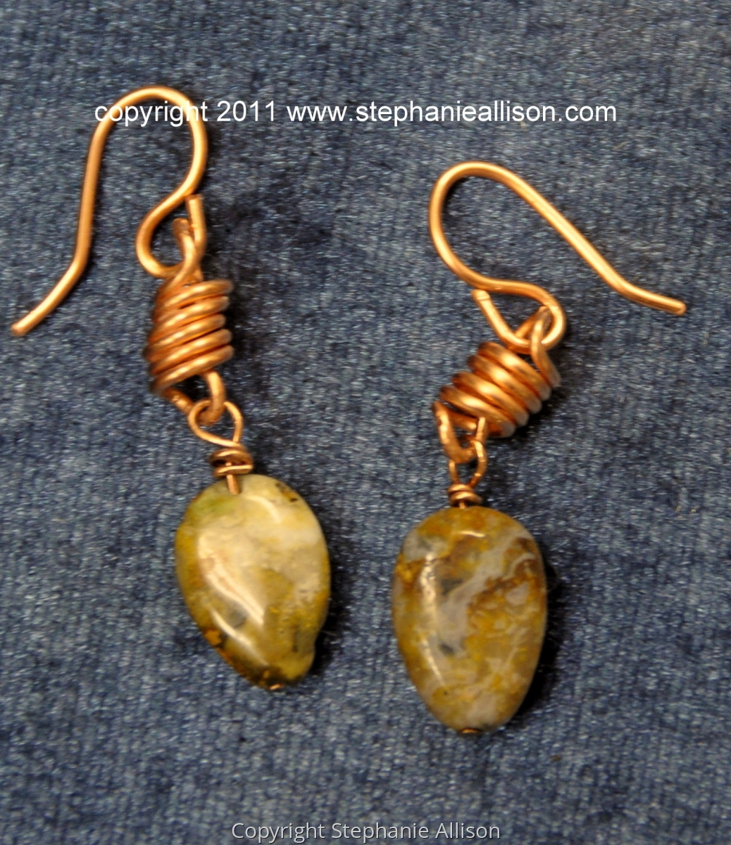 copper wire earrings (large view)