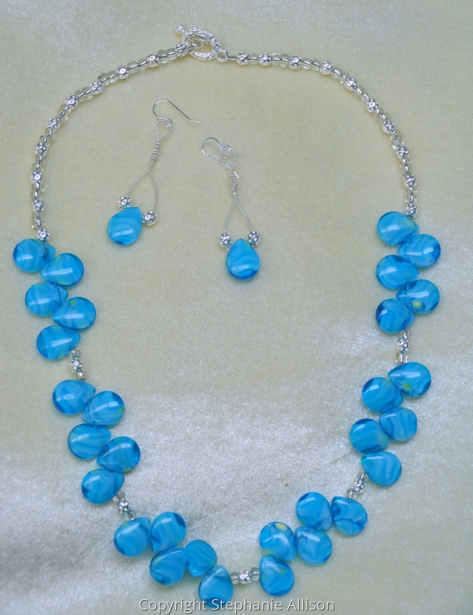 Blue Tear Drop Necklace & Earrings (large view)