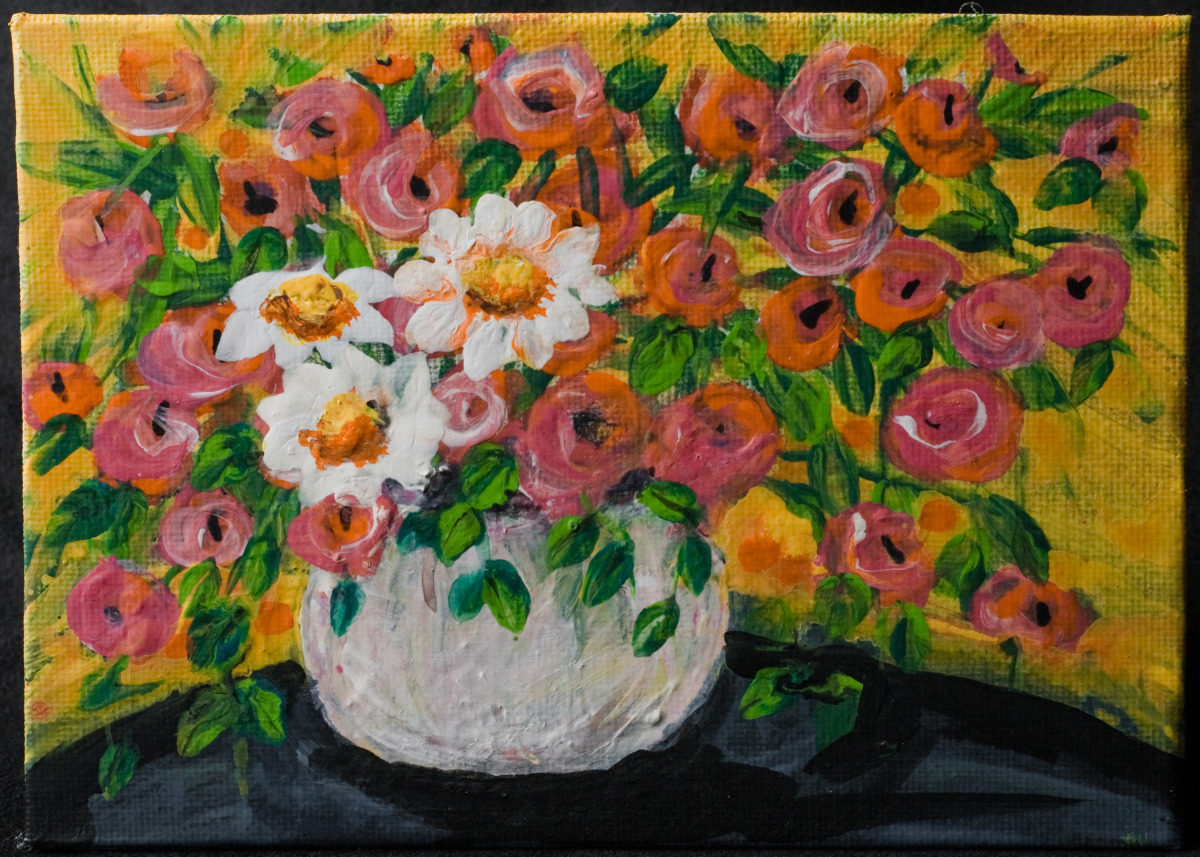 still life, flowers, daisies, red, white, floral arrangement (large view)