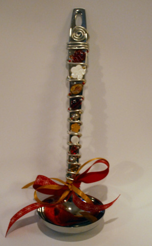 EXAMPLE OF GLASS BEADED SOUP LADLE