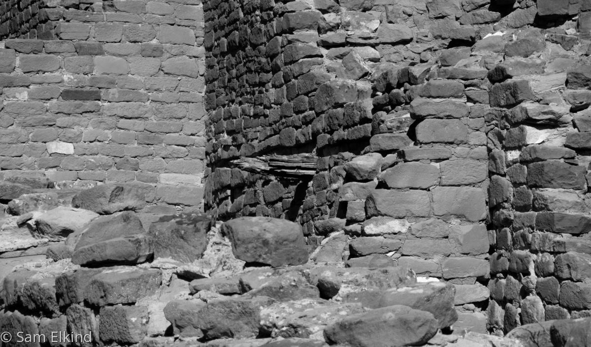 Brick Triangles - Kin Kletsin (large view)