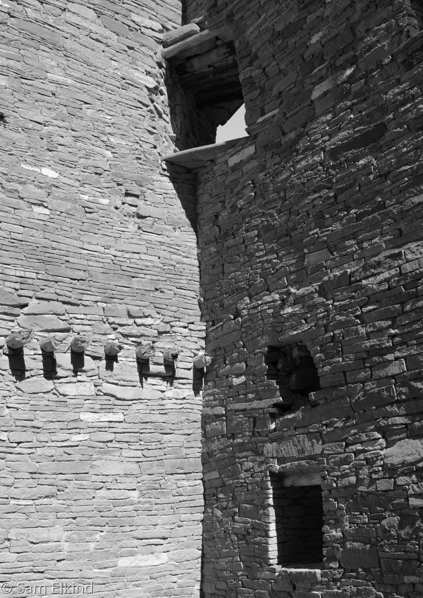 Three Windows - Pueblo Bonito (large view)