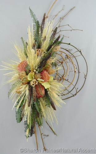 Banksia Wreath