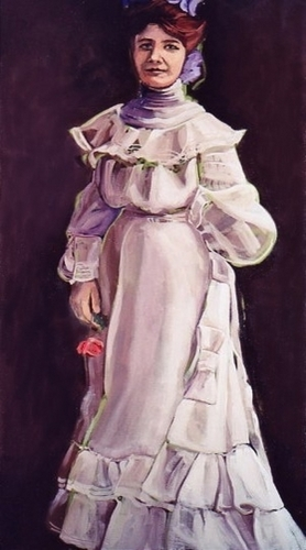 Woman in a lavender dress holding a rose. (large view)