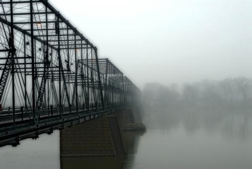 Harrisburg, Susquehanna river bridge scene (large view)