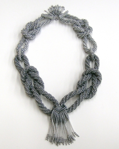 Linked Loops in gray