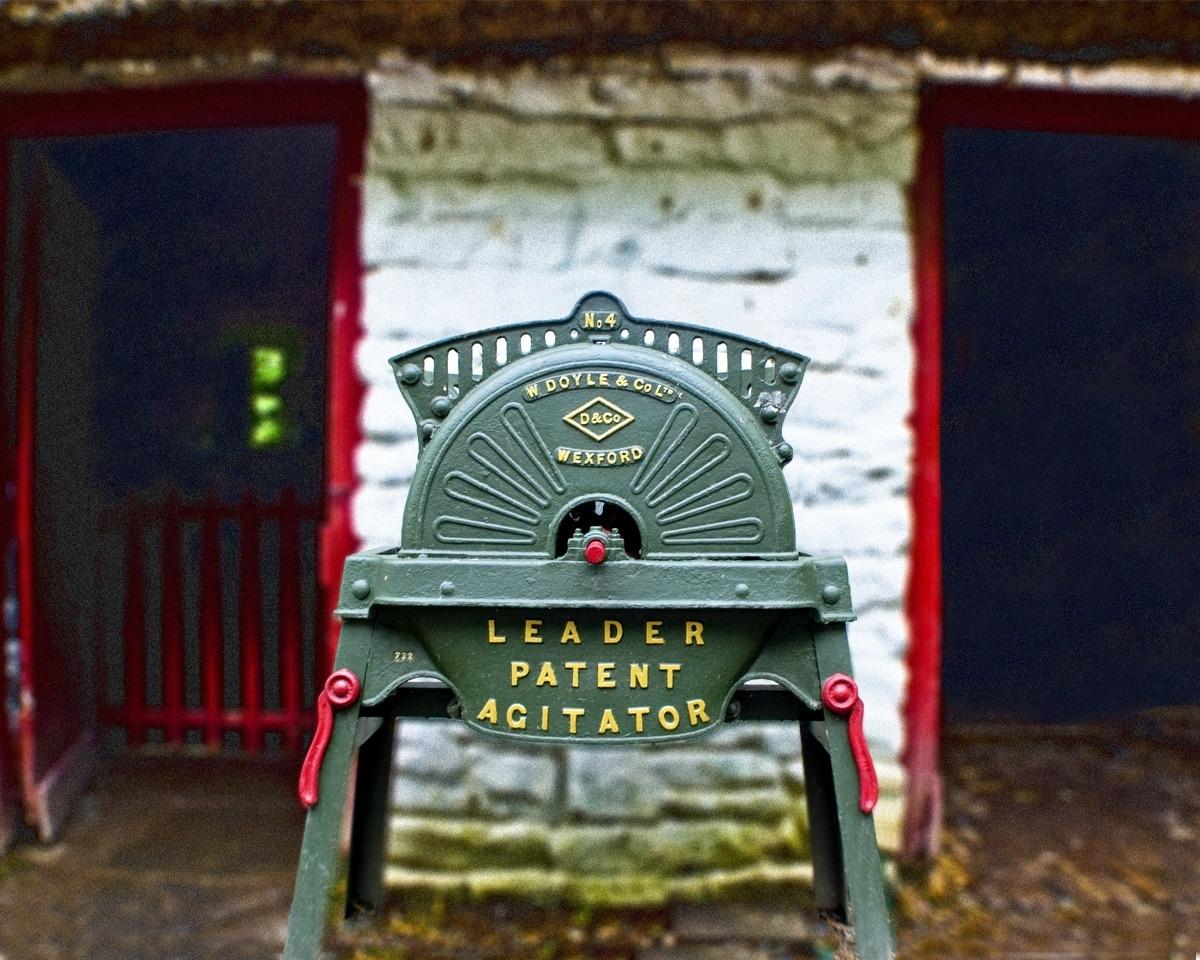 Irish Agitator (large view)