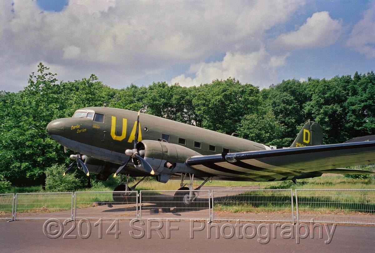 Douglas C-53 C Skytrooper (large view)