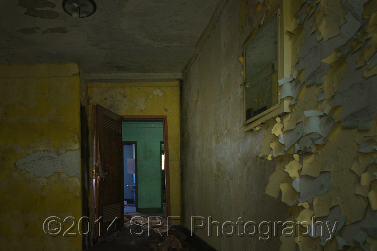 Yellow Room (large view)
