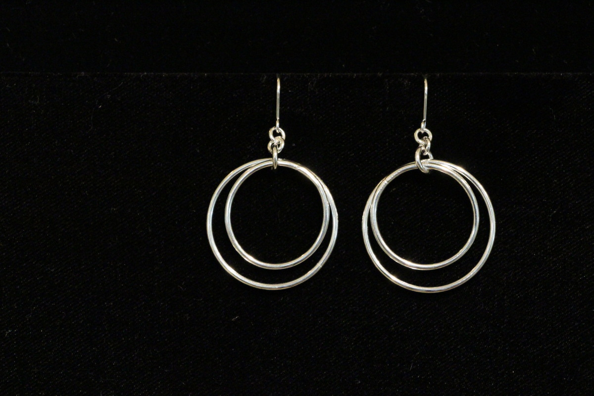 Polished Hoops (large view)