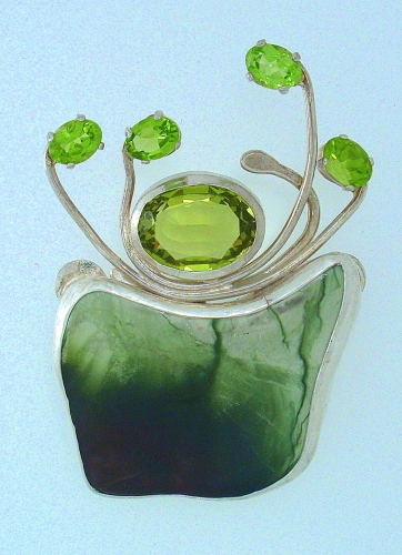 MP-40 Peridot, Lemon Quartz, Jasper, Silver. Brooch