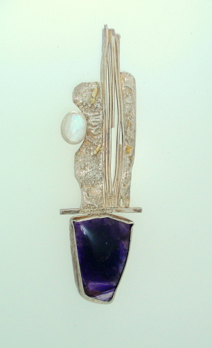 MP-25 Amethyst Moonstone Silver    Brooch