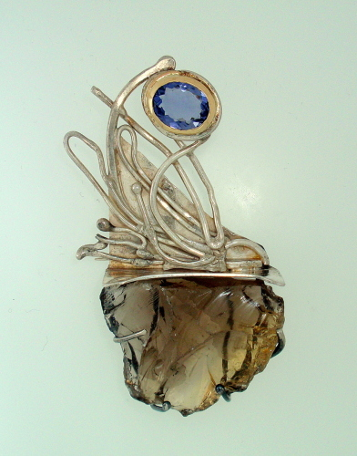 MP-35 Smoky Quartz, Iolite, 18kt Gold, Silver.  Brooch