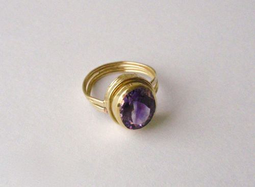 RS- 131Amethyst, 18kt. Gold