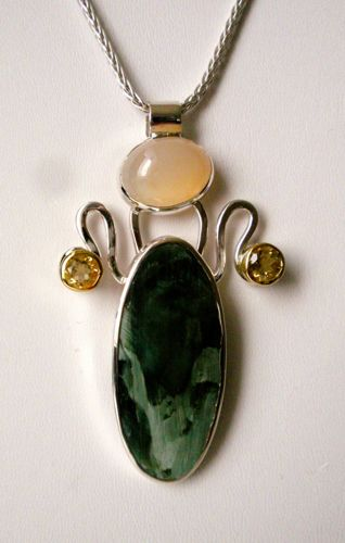 451-MN Serpentine, Citrines, Moonstone, 18Kt Gold, Silver