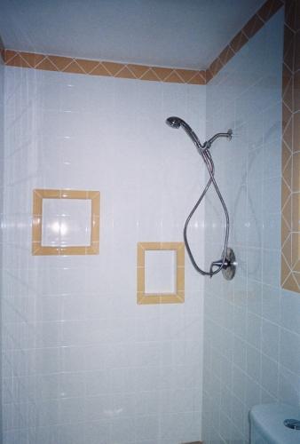 Trombley bath