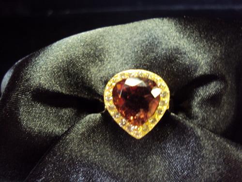 14kt yellow gold tourmaline/diamond ring